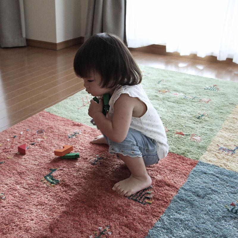 お子様に優しい絨毯